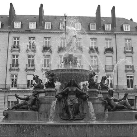 La fontaine de la, Canon POWERSHOT A530