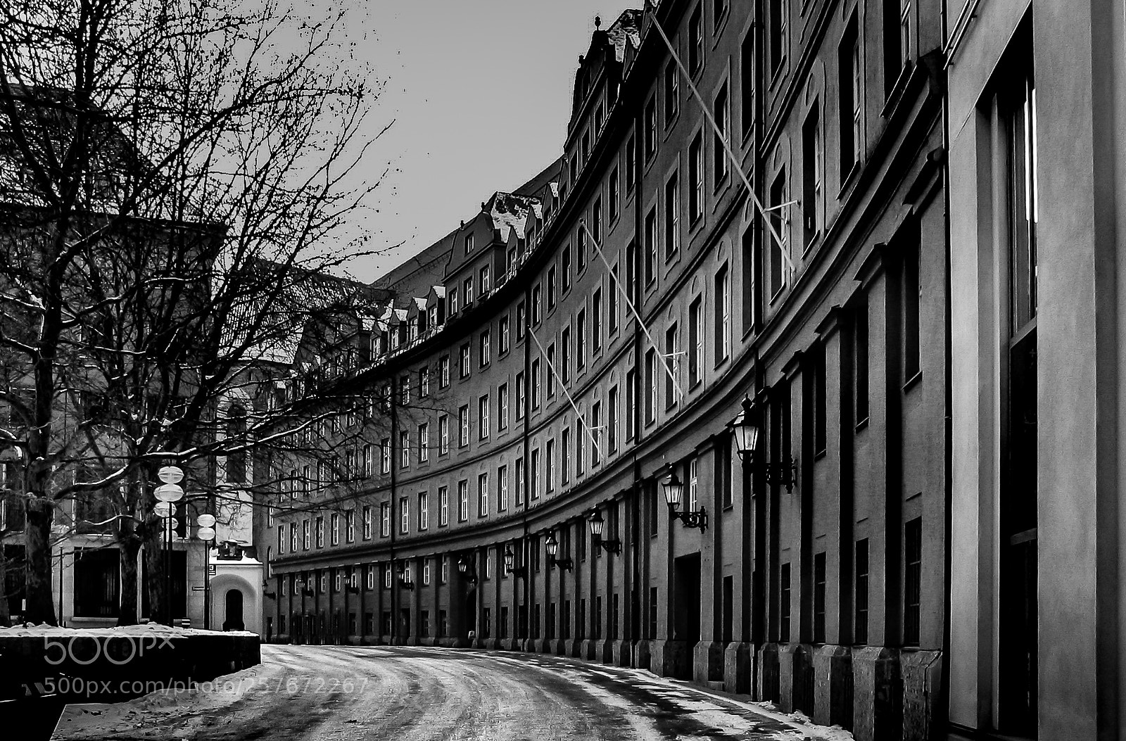 """Canon POWERSHOT S1 IS sample photo. """"Alley in munich germany"""" photography"""