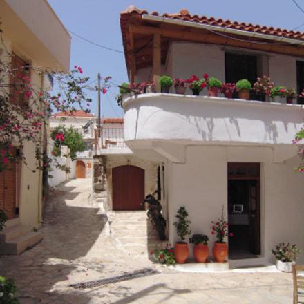 Argyroupoli,Crete...., Nikon COOLPIX S600