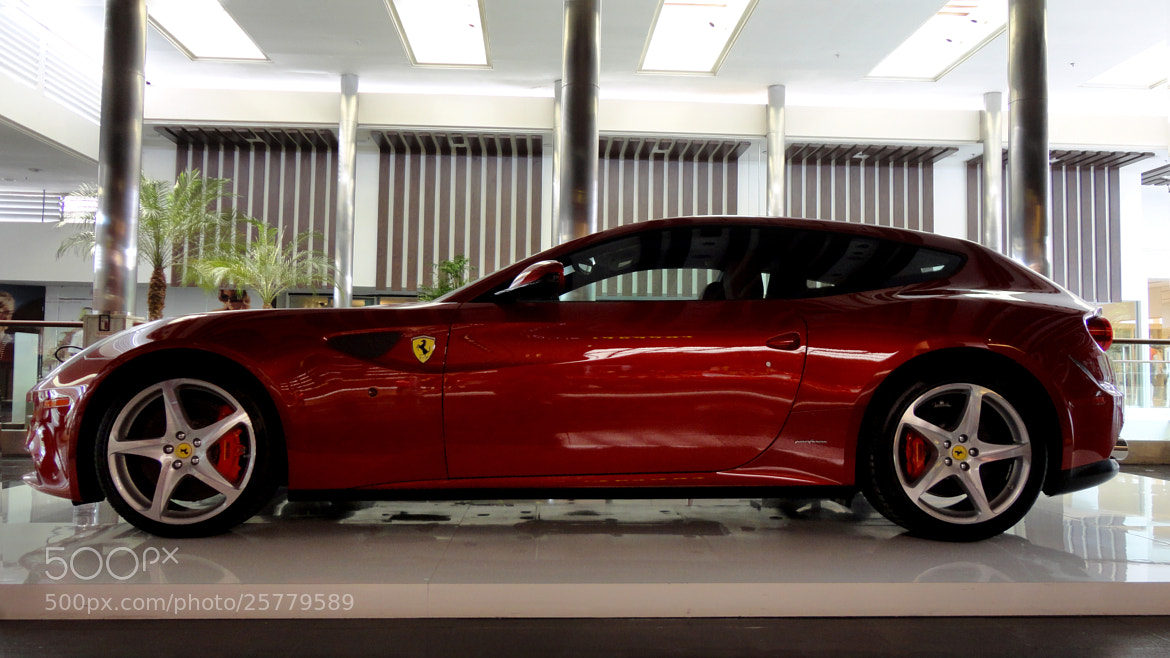 Photograph Ferrari FF by Jeferson  Felix on 500px