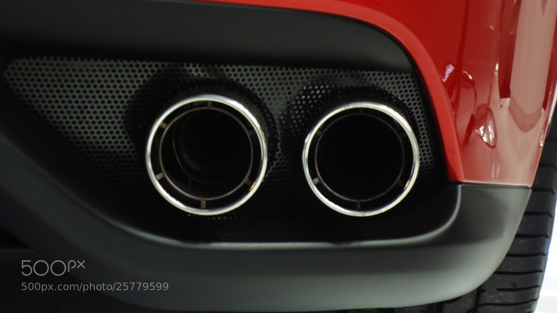 Photograph Ferrari FF Exhaust by Jeferson  Felix on 500px