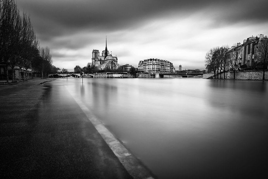 Photograph Crue de Seine by Helder Vinagre on 500px