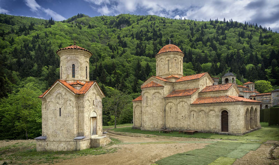 Churches at Bevreti monastery., автор — Michael Kochiashvili на 500px.com