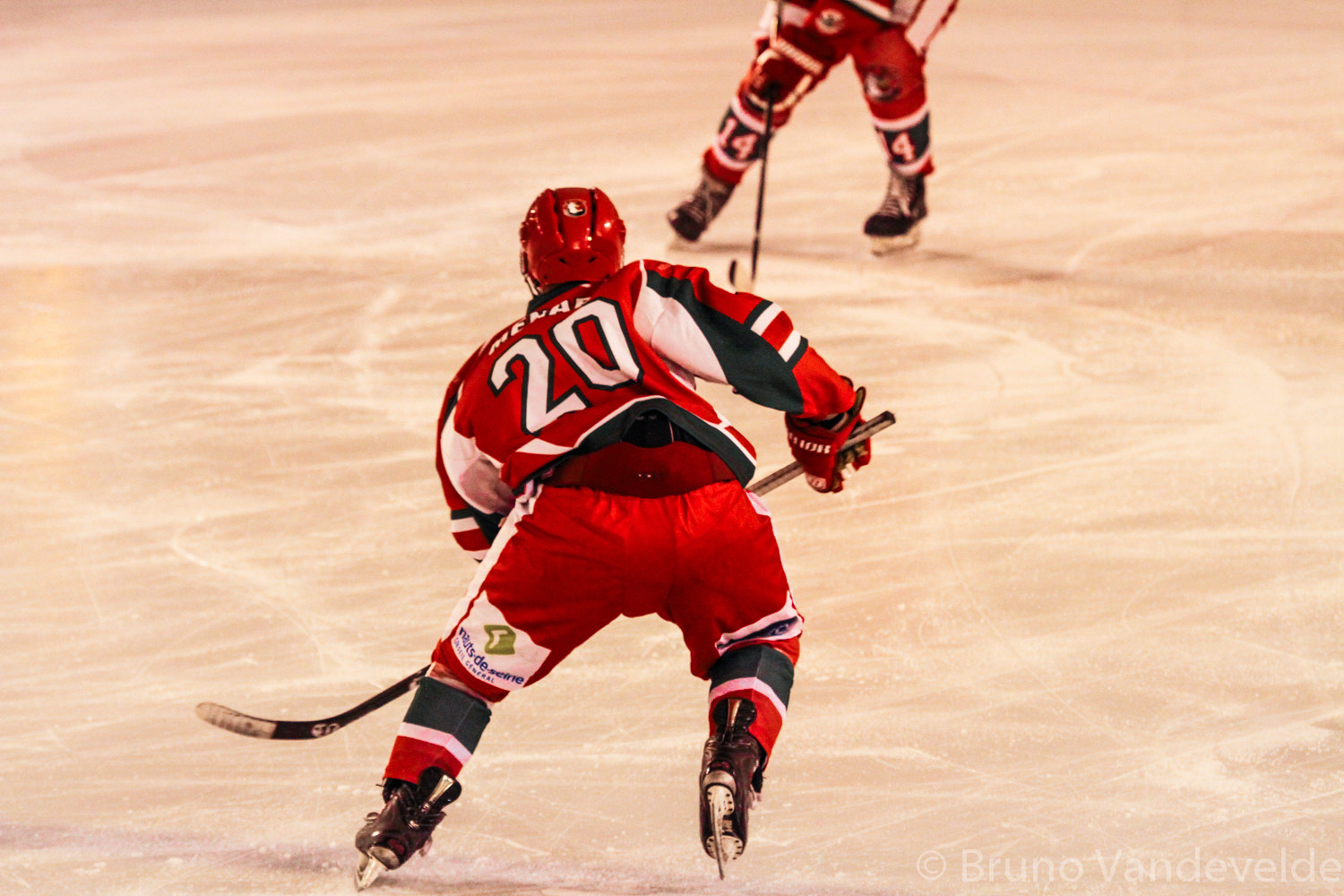 Photograph Courbevoie hockey sur glace by Bruno Vandevelde on 500px
