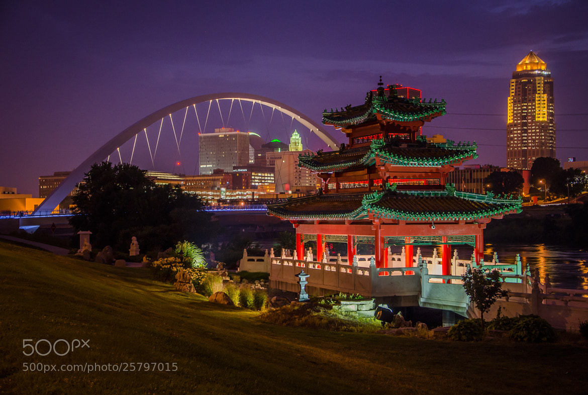 Photograph Des Moines Night by Stevan Tontich on 500px