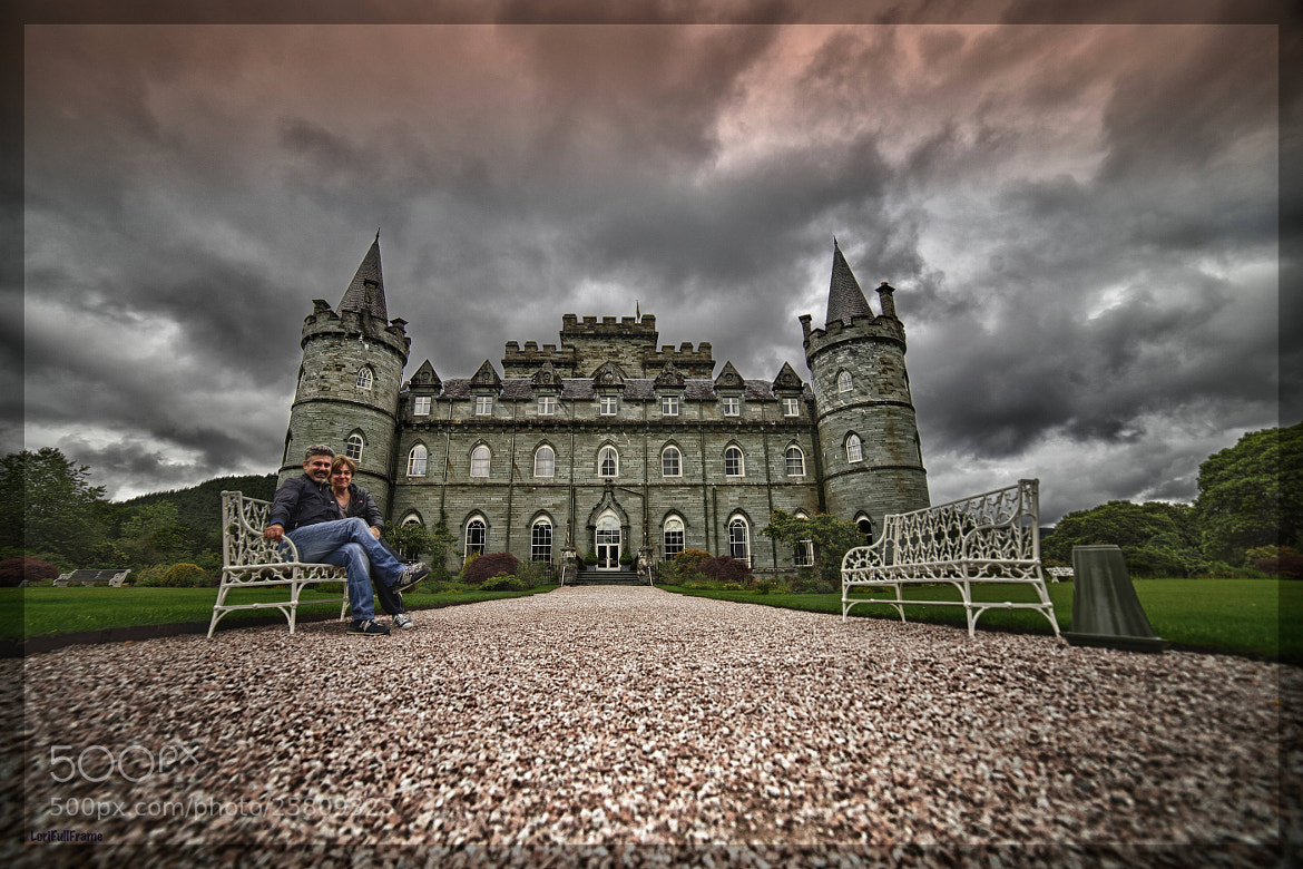 Photograph greetings from INVERARAY CASTLE! .. to all 500's people except dislikers ... by Lorenzo ROSIGNOLI on 500px