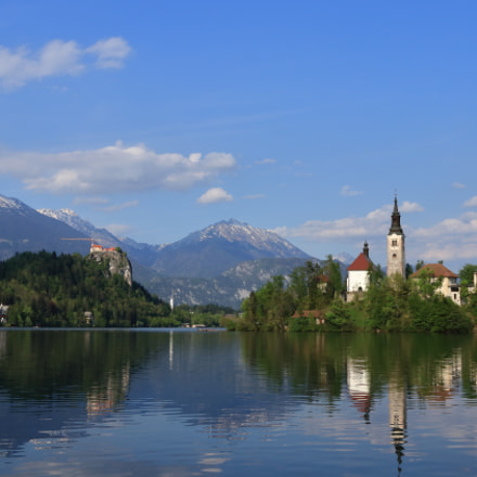 classic view of bled, Canon EOS 80D, Canon EF 16-35mm f/2.8L II