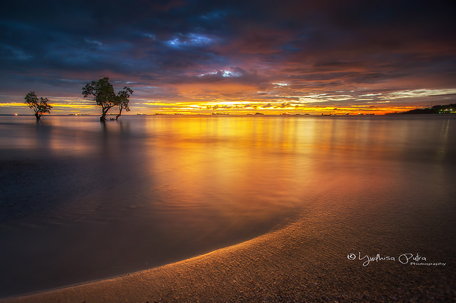 Photograph Warm by Yudhisa Putra on 500px