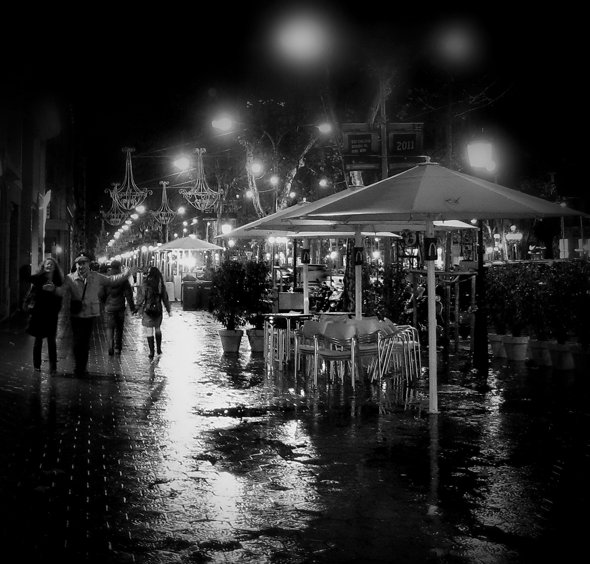 Photograph Noche lluviosa en Barcelona by Dragan Djuric on 500px
