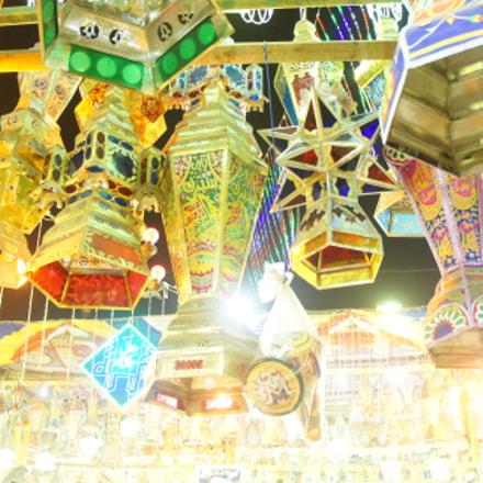 Ramadan lanterns in Cairo, Sony NEX-5, Canon EF 70-200mm f/4L + 2x
