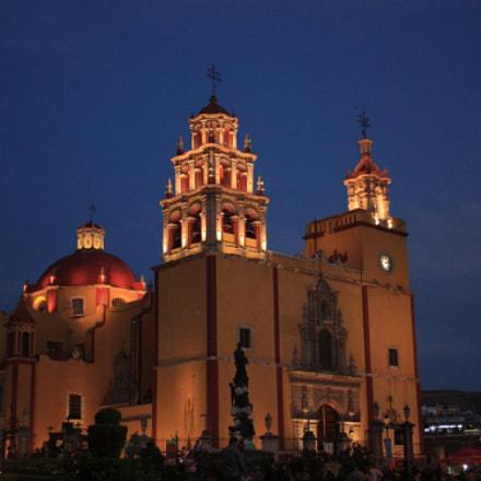 Catedral, Canon EOS DIGITAL REBEL XSI, Canon EF-S 18-55mm f/3.5-5.6 [II]