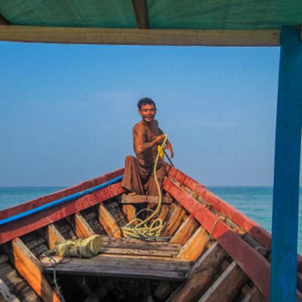 Boatmen, Canon POWERSHOT D10