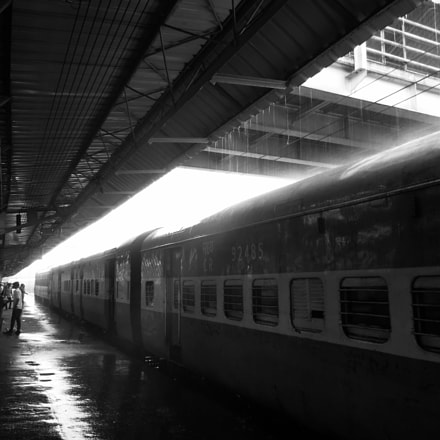 Shower on Rail.., Nikon COOLPIX S8200