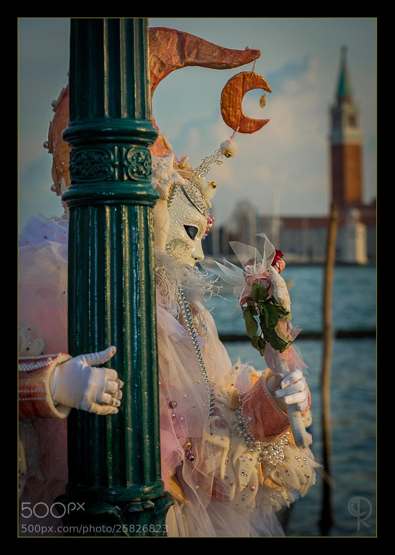 Photograph Pole dancing Venetian style by Roberto D'Antoni on 500px