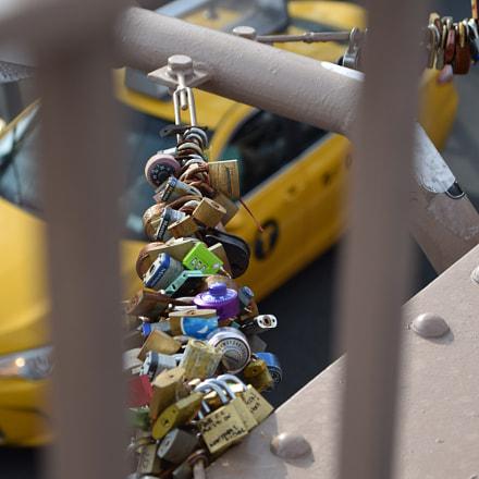 Brooklyn bridge locks, Nikon D5300, Sigma 17-70mm F2.8-4 DC Macro OS HSM