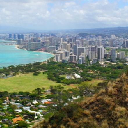 Panoramic Honolulu, Sony SLT-A37, Minolta/Sony AF DT 18-200mm F3.5-6.3 (D)