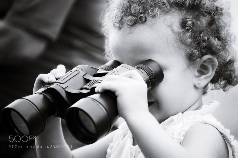 Photograph Pequeña criatura, la esencia más pura  va en frasco pequeño.  by Jazz Rouge  on 500px