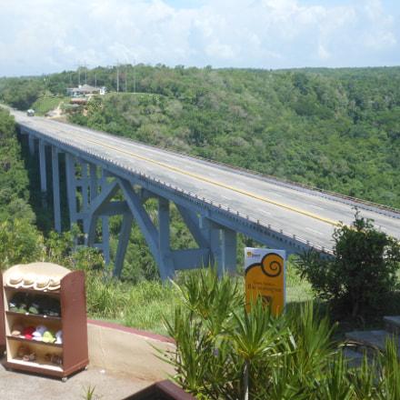 El Puente de Bacunayagua, Nikon COOLPIX S6200