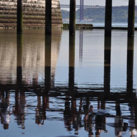 Vue sur le pont, Nikon D90, AF-S DX VR Zoom-Nikkor 16-85mm f/3.5-5.6G ED