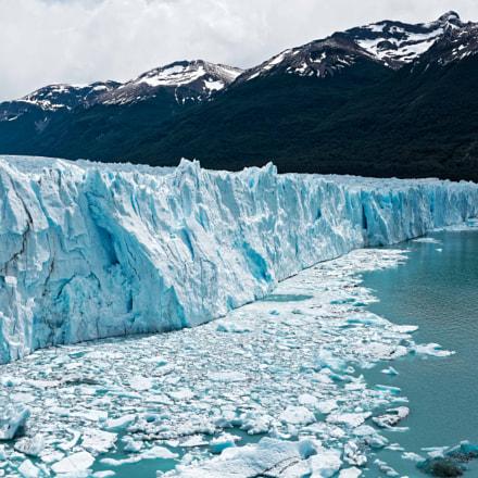 The Majestic Perito Moreno, Nikon D810, AF-S Nikkor 35mm f/1.4G
