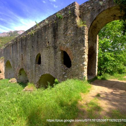 L'Aqueduc d'Ansignan, Canon EOS 5D, Sigma 14mm f/2.8 EX Aspherical HSM