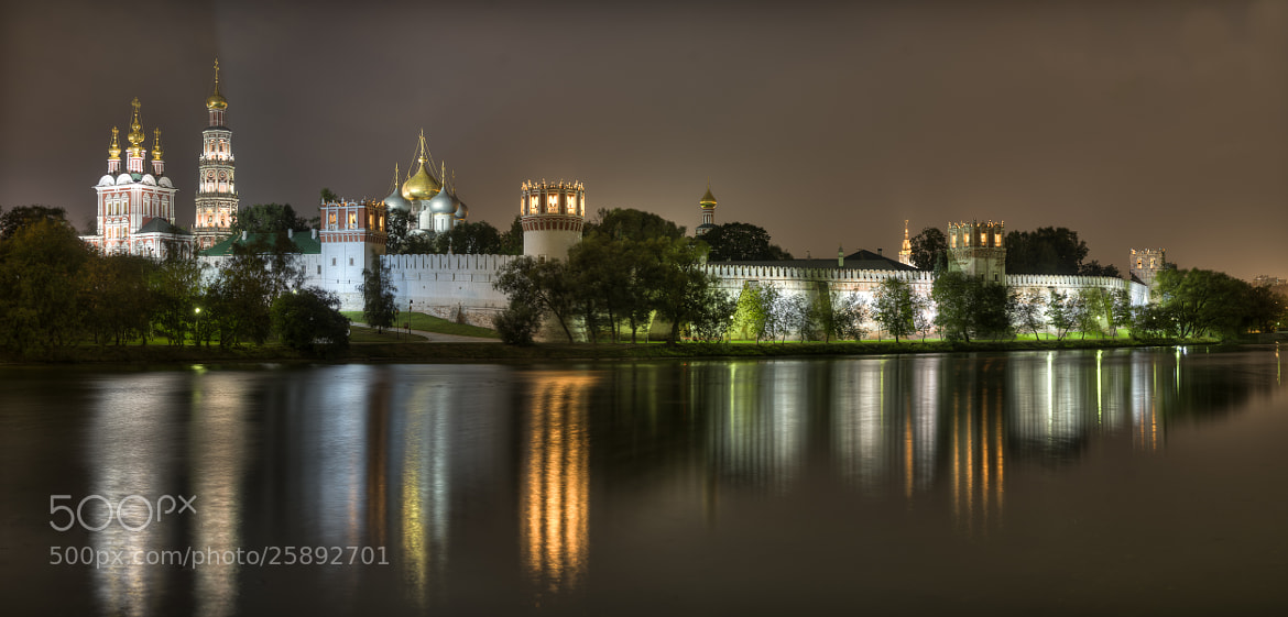 Photograph  Novodevichy monastery at night by Alexander aka Ancifer on 500px