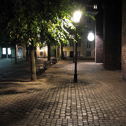 Night street in Copenhagen, Canon POWERSHOT S50