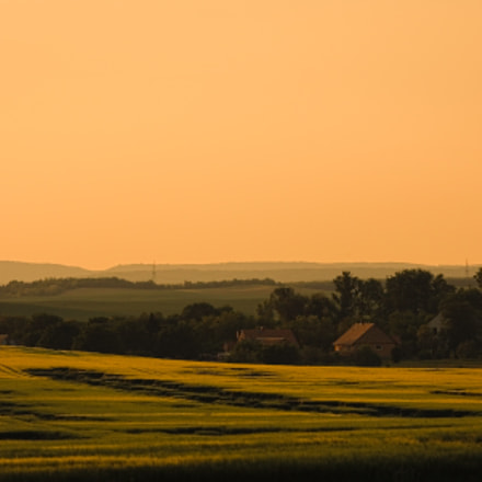 Countryside sunset, Canon EOS 1100D, Sigma 70-300mm f/4-5.6 [APO] DG Macro