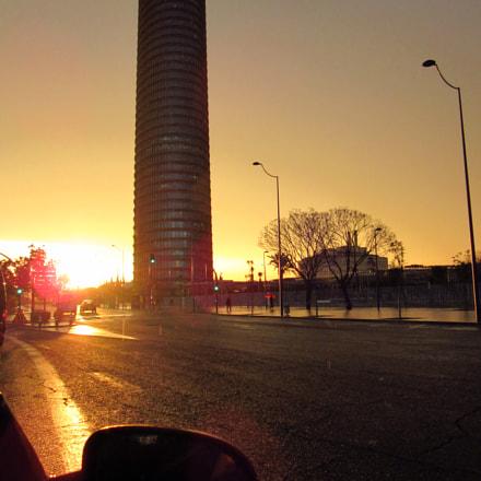 Torre Sevilla al atardecer, Canon POWERSHOT SX600 HS