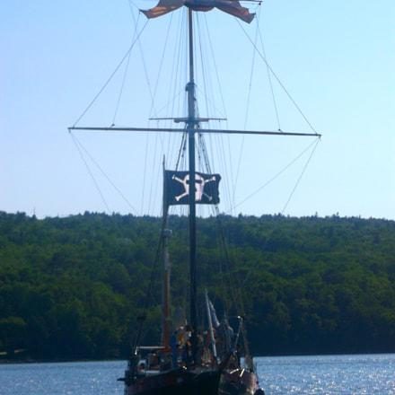Pirate Ship, Fujifilm FinePix AX550