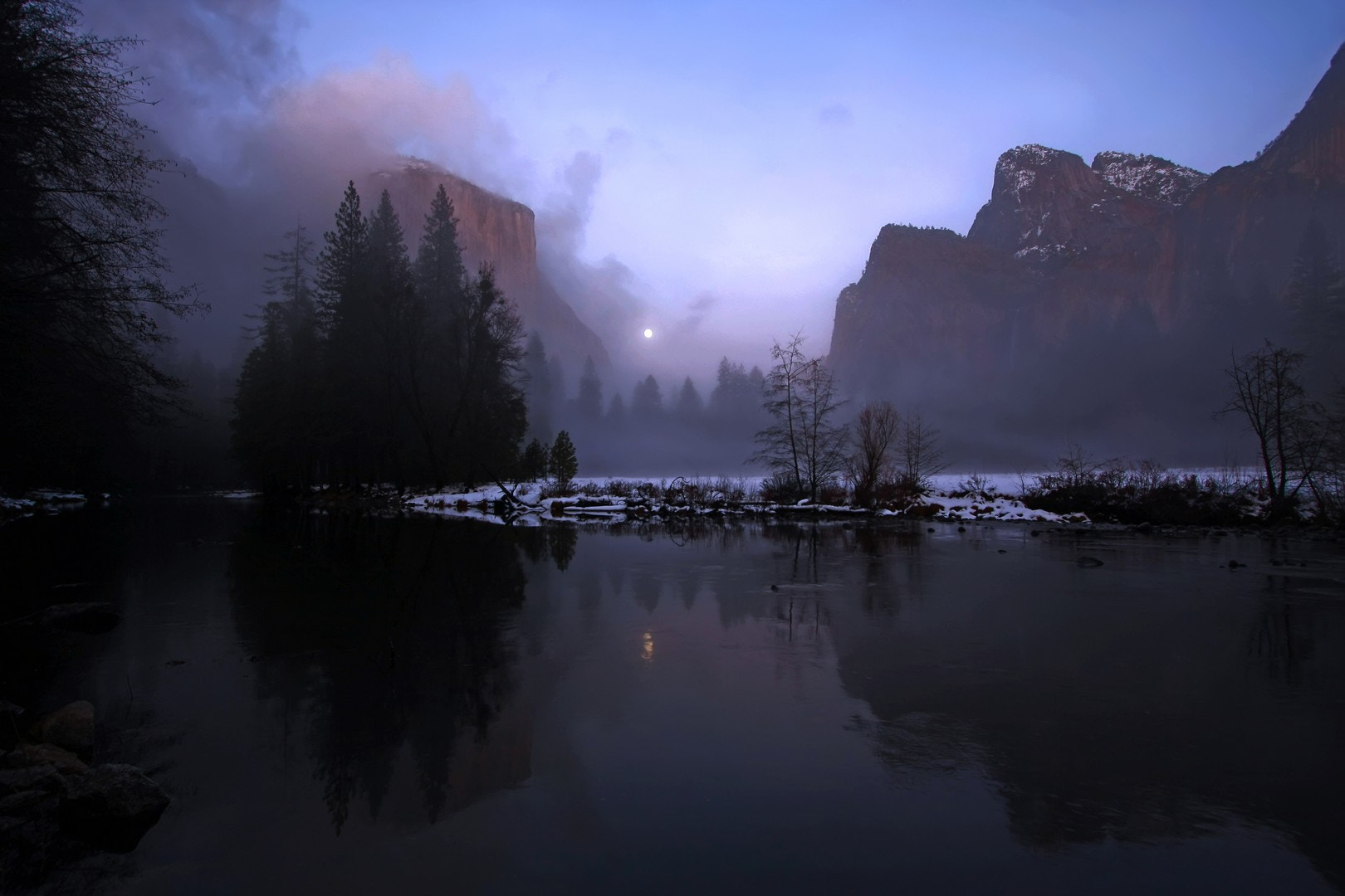 Photograph Moon Rise, Yosemite, California by Antoine Vu on 500px