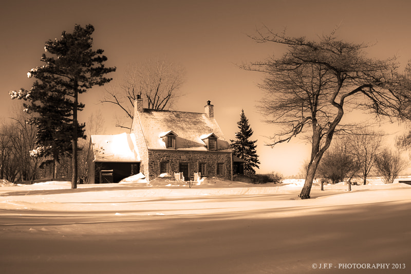 Photograph Old house in the prairie by Jean-François Fortin on 500px