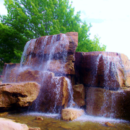 Man-made fountain, Fujifilm FinePix S1800