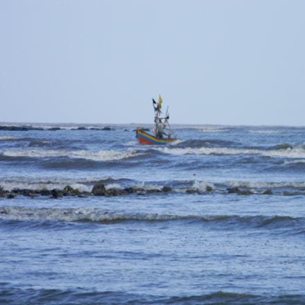 Sailing...., Nikon COOLPIX L110