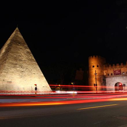 Piramide Cestia, Canon EOS 1200D