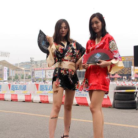 Auto salon girls, Canon EOS 60D, Canon EF-S 18-135mm f/3.5-5.6 IS