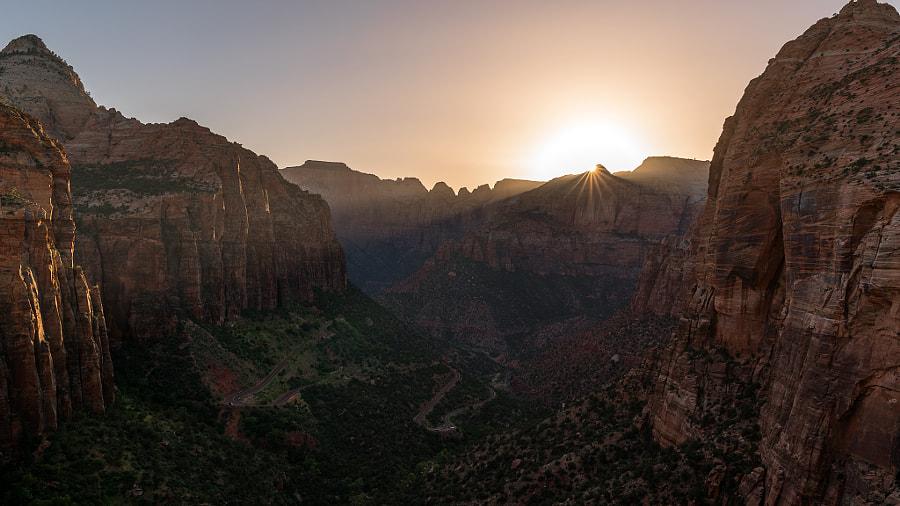 Zion National Park Sunset, автор — Enigma Fotos на 500px.com