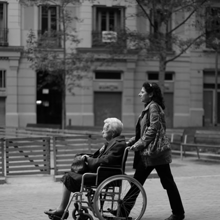 Mujer mayor en silla, Canon EOS 6D, Canon EF 50mm f/1.2L