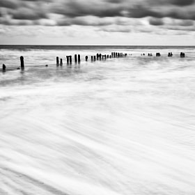 Sandsend Mono Tide  by Carl Mickleburgh (CMickleburgh)) on 500px.com