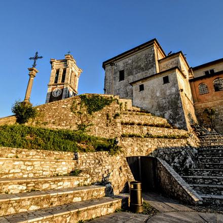 Sunrise on Sacro Monte, Nikon D5300, AF-S DX Nikkor 10-24mm f/3.5-4.5G ED
