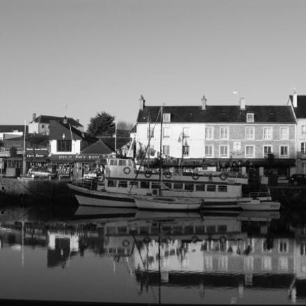 Port-en-Bessin day reflection, Panasonic DMC-TZ36