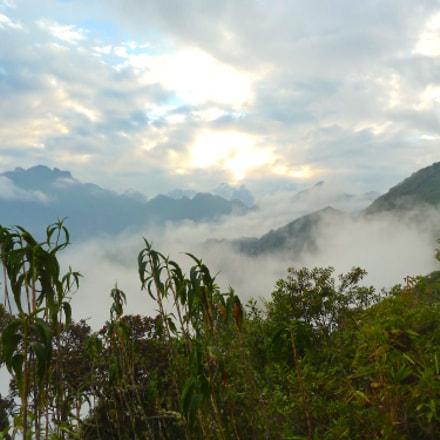 Cloudy Mountains, Panasonic DMC-ZS7