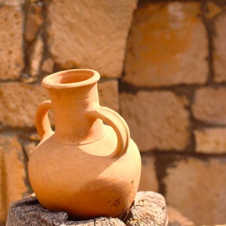 Wine jar, Canon EOS 6D, Sigma 50mm f/1.4 EX DG HSM