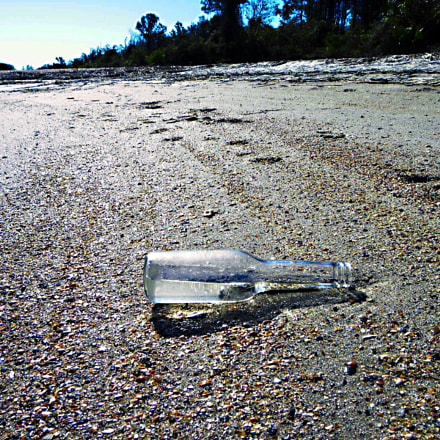 Message in a bottle, Nikon COOLPIX P90
