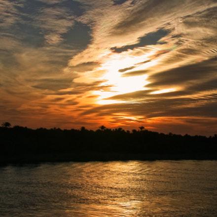 the nile river, Nikon E995