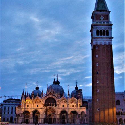 Dawning : San Marco, Fujifilm FinePix S9600
