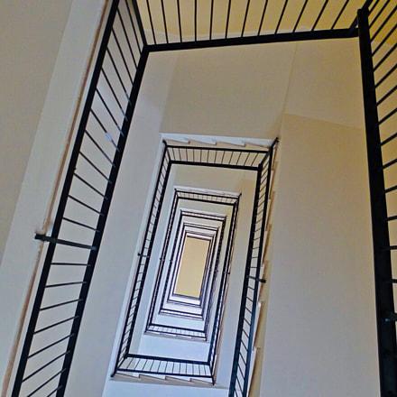 geometry of the stairway, Panasonic DMC-LX3