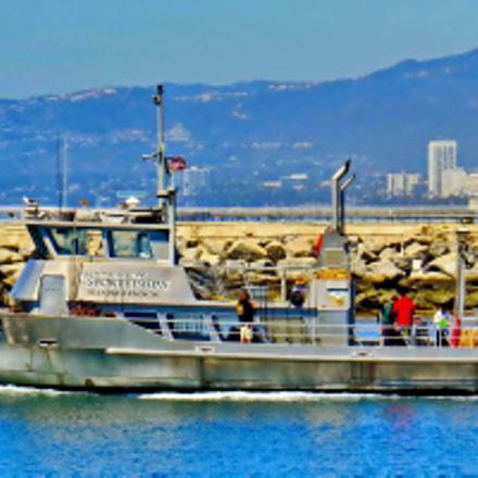 A Fishing Boat Going, Canon POWERSHOT SX50 HS, 4.3 - 215.0 mm