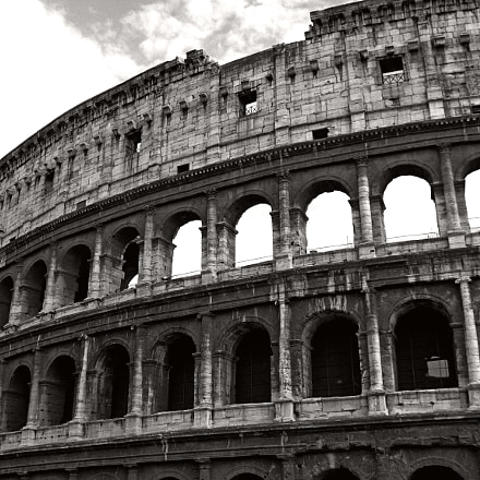 cOLOSSEO iN mONO, Canon POWERSHOT SD500