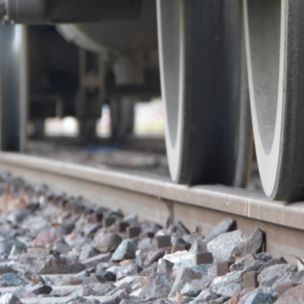 Train wheels., Panasonic DMC-FZ70
